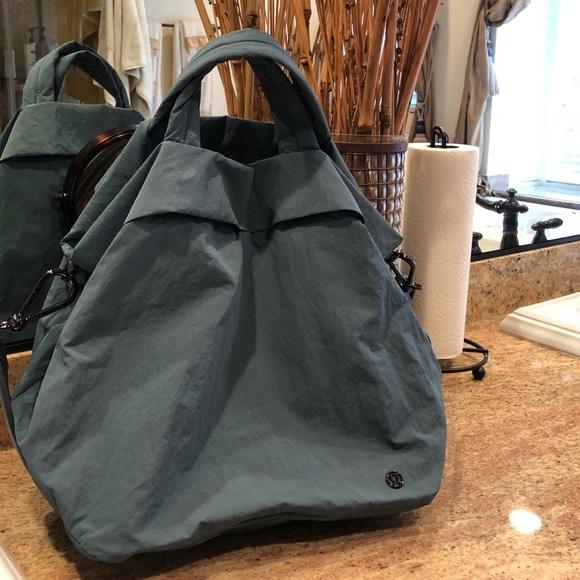 b3b28538ef9 lululemon athletica Bags | Lululemon Sac On My Level Bag | Poshmark